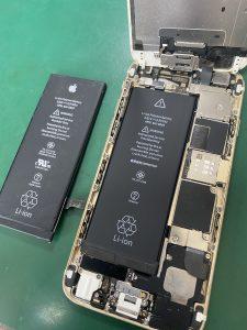 バッテリー交換の様子